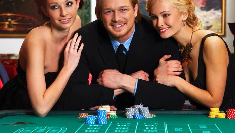 Rich Casino Acceuille Les Jouers Au Club VIP