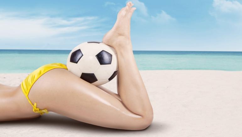 Mordu de football ? Jouez à des jeux de casino en ligne sur le thème du football.